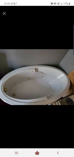 Hot tub barely used for Sale in WASH Borough, PA