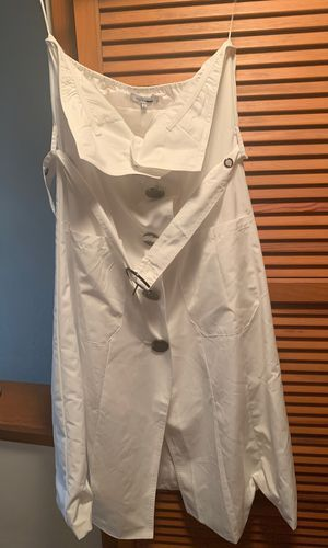 White dress with pockets *Size Large* for Sale in Garfield Heights, OH