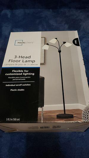 Floor Lamp for Sale in Mililani, HI