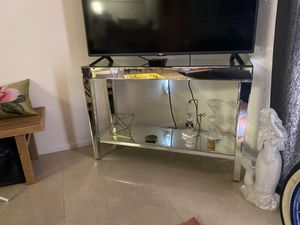 TV Stand Mirrored for Sale in Coral Gables, FL
