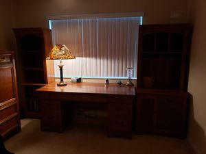 Office desk with filing drawers and matching bookshelves for Sale in Boca Raton, FL