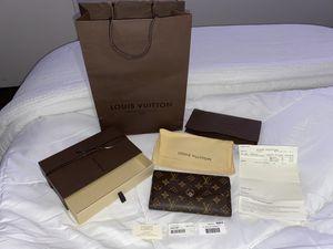 Louis Vuitton Sarah wallet for Sale in Irvine, CA