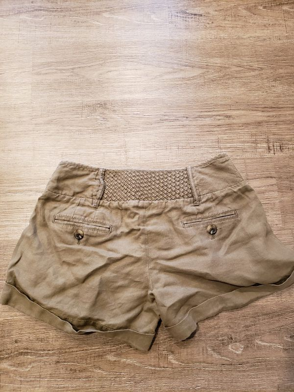 ANN TAYLOR LOFT Women size 4 shorts