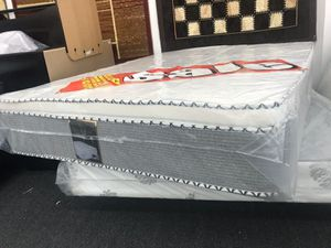 full pillow top mattress with boxspring for Sale in March Air Reserve Base, CA