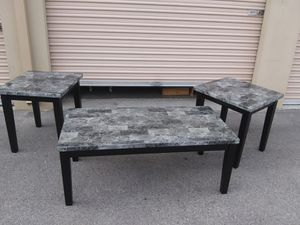 Coffee and end tables for Sale in North Las Vegas, NV
