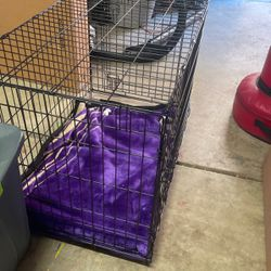 "Dog Kennel 26""h X 22""w X36""L for Sale in Santa Clarita,  CA"