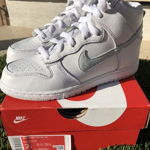 Nike Air Dunk High SP Quick Strike DS Pure Platinum (PS) Size: 2Y $100 Cash only! for Sale in Phoenix, AZ