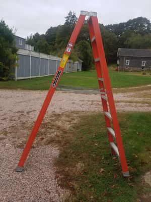 Louisville Ladder Fiberglass 8ft for Sale in Stonington, CT