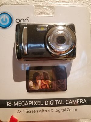 Digital camera for Sale in Dallas, TX