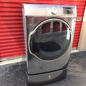 Samsung Dryer Good Condition Everything Whorks Fine for Sale in Palm Beach, FL