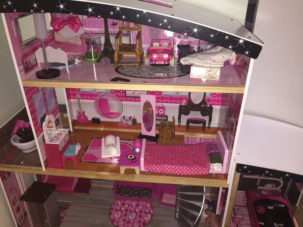 Barbie doll house with elevator (dolls & furniture not included) for