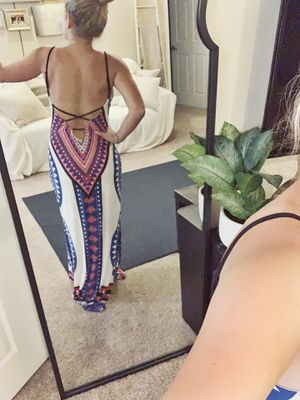 Colorful backless dress! for Sale in Riverview, FL