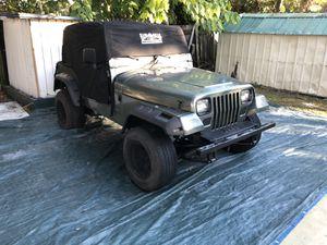 Clean, Jeep Wrangler Sahara for Sale in Tampa, FL