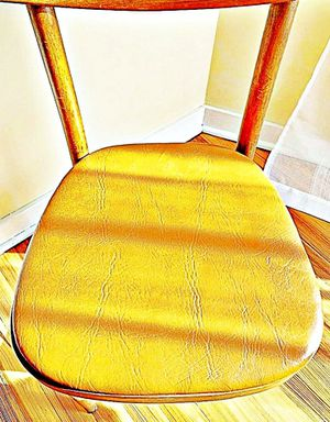 Wooden Shelby Williams Industries MCM chairs (4) with leather seat cushion. for Sale in Tinton Falls, NJ
