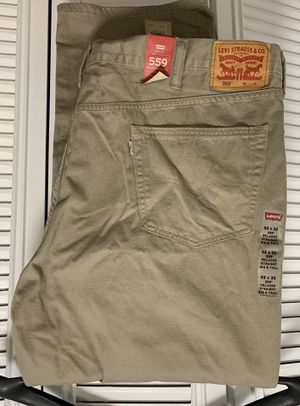 Big and Tall 559 Men Levi lightweight Jeans-52x32 for Sale in Alexandria, VA