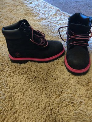 Girls boots size 10 for Sale in Albuquerque, NM
