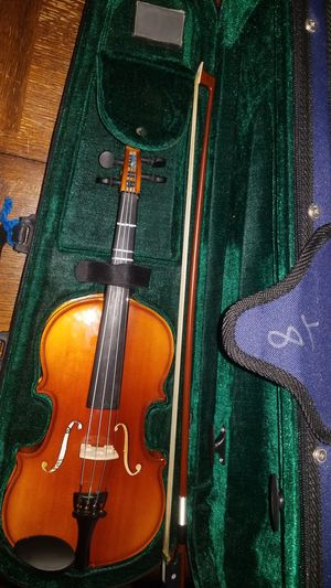 Antonius Stradivarius Cremonensis Faciebat Anno 1737 Violin 1/8 size violin with case for Sale in Matthews, NC