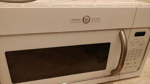 Genneral Electric microwave for Sale in Tacoma, WA