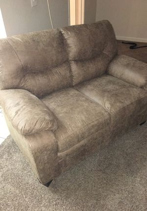New love seat and sofa with coffe table and 2 end tables for Sale in Las Vegas, NV