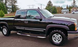 EVERY DAY WORKING TRUCK CHEVROLET SILVERADO for Sale in Pittsburgh, PA