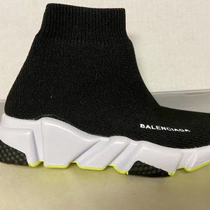 Kids Balenciaga Speed Runners for Sale in Houston, TX