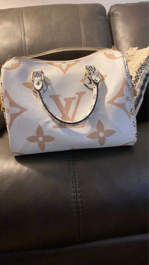 Louis Vuitton new speedy like new for Sale in El Cajon, CA