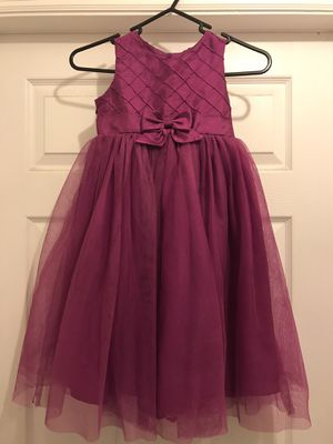 Girls 5 t dress for Sale in Cape Coral, FL