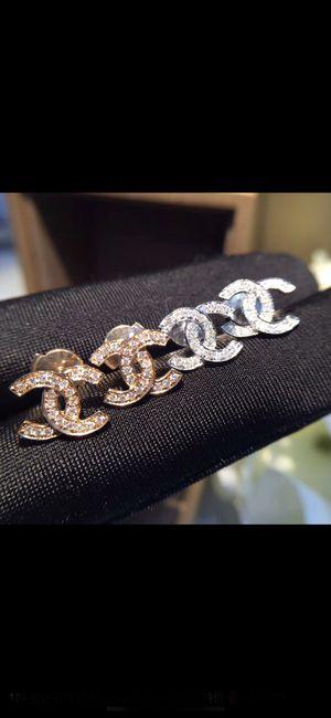 Custom - real 18K gold CC earring for Sale in Torrance, CA
