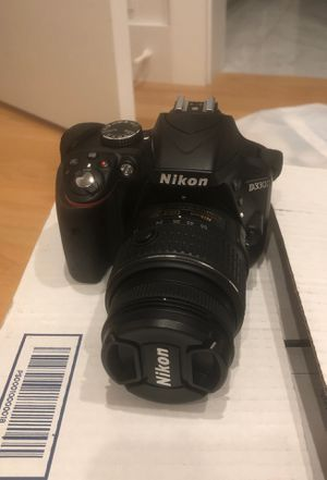 Nikon D3300 with charger/ battery and two lenses (18-55 and 55-200) and bag for Sale in Chicago, IL