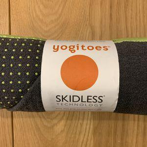 Manduka Yogitoes Skidless Yoga Pilates Mat Microfiber Towel for Sale in Brooklyn, NY