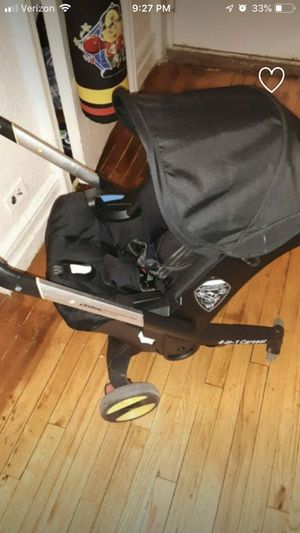 Foldable car seat for Sale in Queens, NY