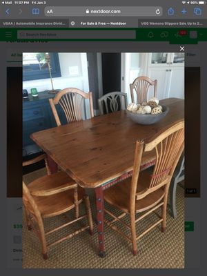 Dining table and 6 matching chairs good condition for Sale in Seattle, WA