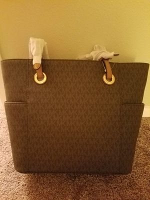 Michael Kors for Sale in Riverview, FL
