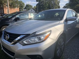 2017 Nissan Altima LOW DOWN for Sale in Nashville, TN