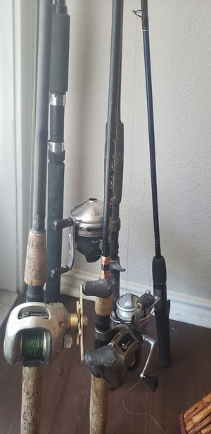 Multiple fishing poles, rods, tackle box for Sale in San Marcos, TX