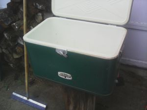 Vintage Thermos metal cooler for Sale in Middletown, MD
