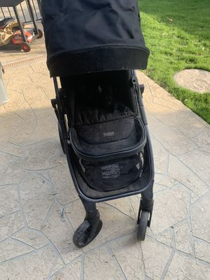 Britax double stroller can use as single as well nothing wrong just dusty for Sale in Bakersfield, CA