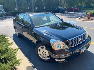 2001 LEXUS LS 430 - MINT, 128K MILES - BLACK WITH TAN LEATHER for Sale in Ontarioville, IL