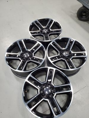 22x9, Gloss Black Machine trim 6 Lug with a 24 offset, asking $800 for Sale in Rowlett, TX