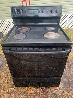 Stove for Sale in Winter Haven, FL