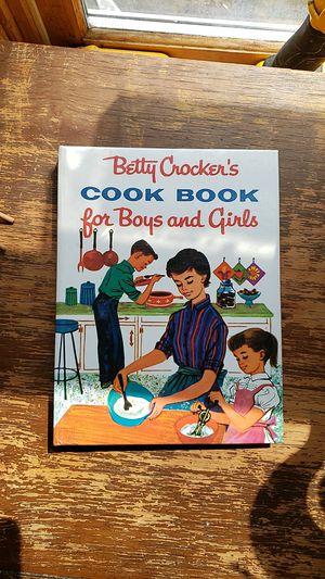Vintage Betty Crocker's cook book for Sale in Caro, MI