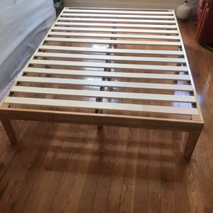 Full Size Bed Frame -Mint Condition for Sale in Brooklyn, NY