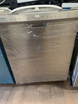 New Frigidaire gallery stainless steel for Sale in Los Angeles, CA