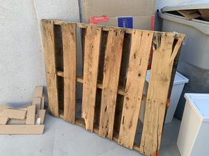 FREE Pallet for Sale in Santa Ana, CA