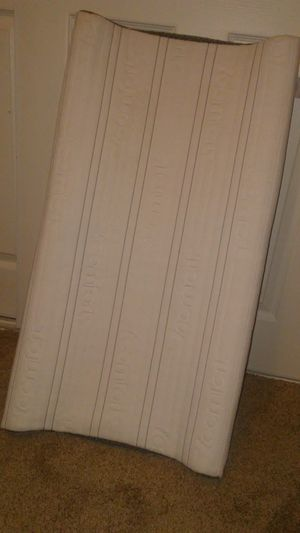 Serta iComfort baby changing table pad/matress for Sale in Modesto, CA