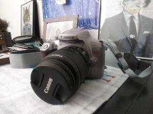 Canon T6 DLSR for Sale in Denver, CO