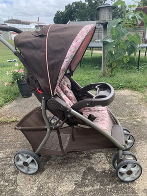 GRACO Car Seat and Stroller Combo for Sale in Elkhart, IN