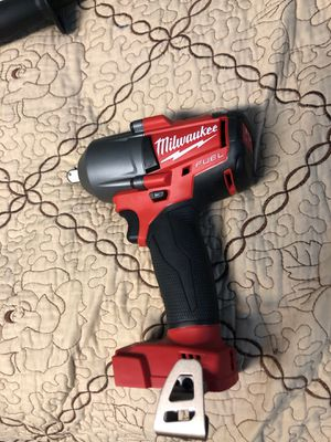 Wrench Milwaukee 1/2 inch medium for Sale in Silver Spring, MD
