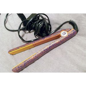 CHI Limited Edition Hair Straightener Rose Gold for Sale in Beverly Hills, MI