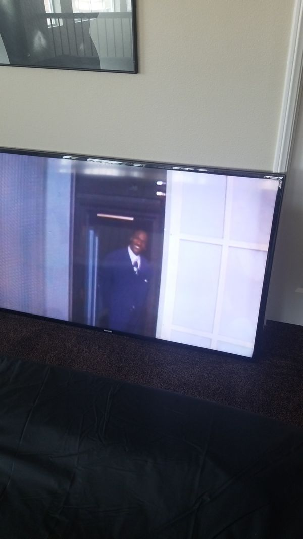 Samsung smart 60 inch LED TV